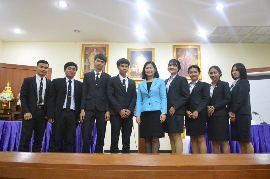 นักศึกษาร่วมโต้คารมอุดมศึกษา